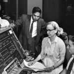 Por que Mulheres Deixaram de ser Destaque na Computação?